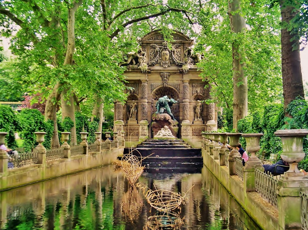 WICE - VM251 Paris Walks - Jardin du Luxembourg and ...